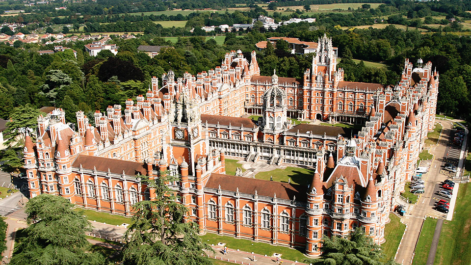 I studied applied mathematics at Royal Holloway, University of London